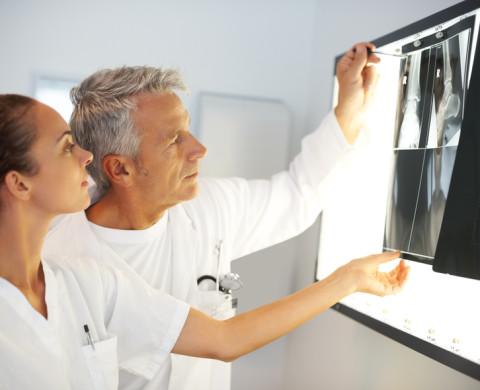 rayos x en clinica llanes
