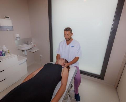 Osteopatía en Clínica Llanes